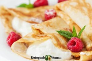 keto raspberry crepes