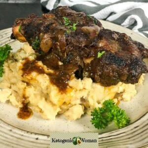 Keto Beef Ribs on Cauliflower Mash plated