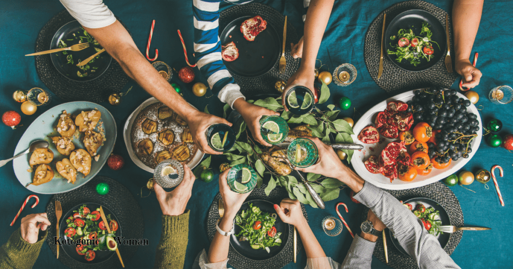friends toasting dinner